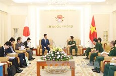 Defence minister discusses cooperation with Shinzo Abe aide