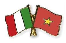 Italian Communist Party leader greeted in Hanoi