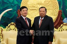 Top Lao leader hails role of Vietnam-Laos Friendship Association