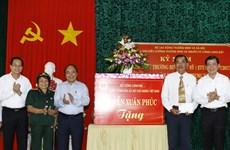 PM Nguyen Xuan Phuc visits war invalids in Ba Ria-Vung Tau
