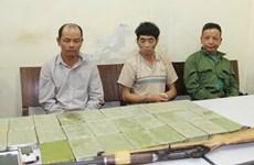 Son La police arrest three drug dealers, seize 28 heroin bricks