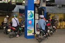 Green tax hike on petrol to go ahead