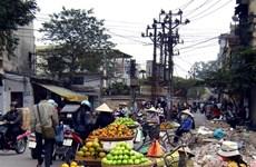 Street vendor spaces on paper, not concrete