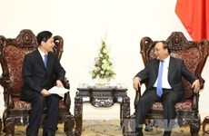 PM calls on Chinese investors to heed technology, environment
