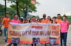 Hanoi: 3,000 people take walk for AO/Dioxin victims