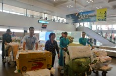 Vietnam Airlines, scholarship fund support flood victims
