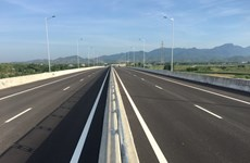 Deputy PM requests hastening key transport projects