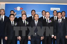 PM attends Vietnam-Thailand economic cooperation forum