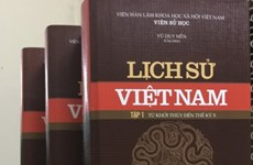 Biggest-ever book collection on Vietnamese history launched