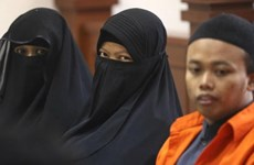 Indonesia: Woman jailed for suicide bombing plot