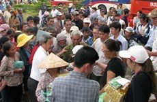 Kon Tum: gifts to disadvantaged people on Vu Lan Festival