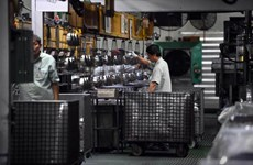 Singapore's PMI hits 33-month high