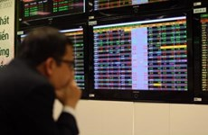 Shares mixed on EFT trading