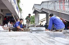Hanoi's sidewalks to be paved with natural stone