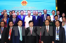 PM calls for foreign support for Mekong Delta development