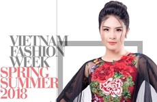Vietnam fashion week honours traditional material