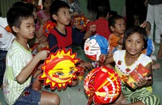 Fund helps bring joyful Mid-Autumn Festival to disadvantaged children