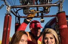 Vietjet's hot air balloon and bikini girls land in America