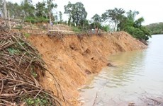 Quang Binh residents worried about riverbank erosion