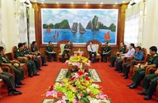 Cambodia's defence officers visit Soc Trang province