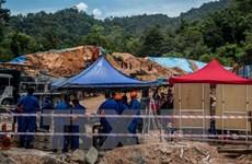 Malaysia: 11 people dead, missing in landslide