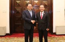 Vietnamese, Lao Deputy PMs hold talks