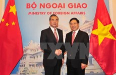 FM Pham Binh Minh holds talks with Chinese FM Wang Yi