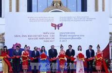 Exhibition reflects Vietnam-Lao ties through lens of the press
