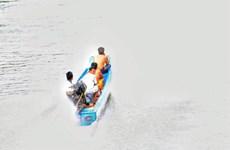 Smugglers take to waterways