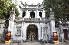Thu Vong Nguyet exhibition opens at Temple of Literature