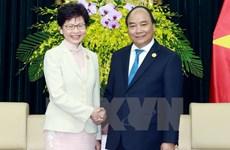 PM Nguyen Xuan Phuc greets Hong Kong chief