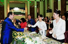 Gala Dinner celebrates APEC 2017 Economic Leaders' Meeting