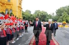 Vietnam, China secure 19 cooperation deals