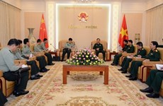 Army chief receives Chinese army official