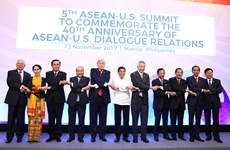 Vietnam values partners' commitments to ASEAN: PM Nguyen Xuan Phuc