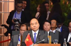 PM Nguyen Xuan Phuc attends ASEAN summits with partners