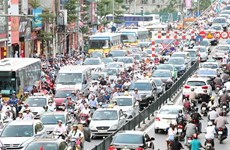 Hanoi must improve vehicle recovery services
