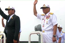 Thai PM present on navy ship for International Fleet Review 2017 procession