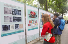 Photo exhibition on late President Ho Chi Minh runs in Hanoi