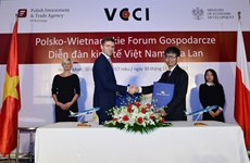 Vietnam, Polish airlines ink cooperation agreement