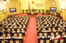 Hanoi People's Council closes fifth meeting