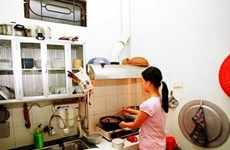 Domestic workers still lack labour contracts