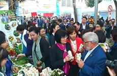 Thousands come to int'l cuisine festival in Hanoi