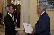 Vietnamese Ambassador presents credentials in Uruguay