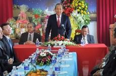 Deputy PM visits religious organisations in Kon Tum