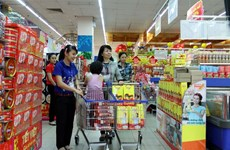 Cities increase goods supply to avoid price shocks before Tet