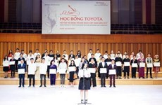 Eighty-five young Vietnamese music talents get Toyota scholarships