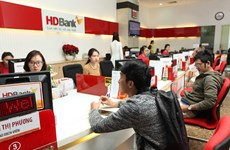 HDBank debuts in HOSE, gets into Top 20 heavyweights