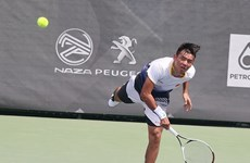 Top tennis player knocked out of Hong Kong tourney