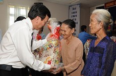 Activities held to support the poor, labourers on Lunar New Year